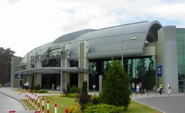 Port_Lotniczy_Bydgoszcz_-_terminal[1]